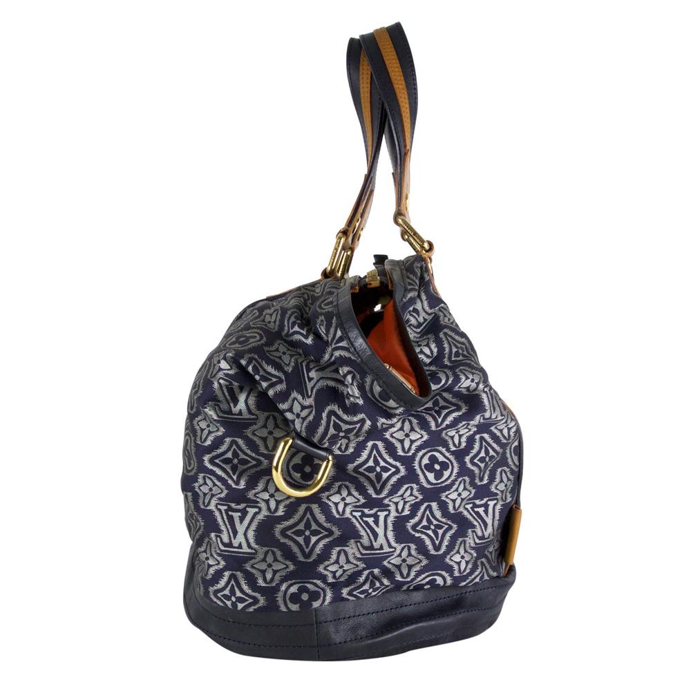 8d57f2af495 Louis Vuitton Aviator bag · Louis Vuitton Aviator bag · Louis ...